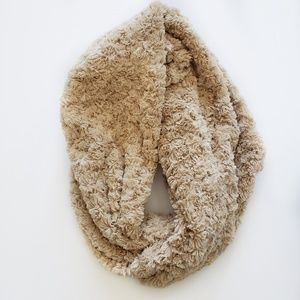 NWT Thick and cozy tan infinity neck wrap scarf